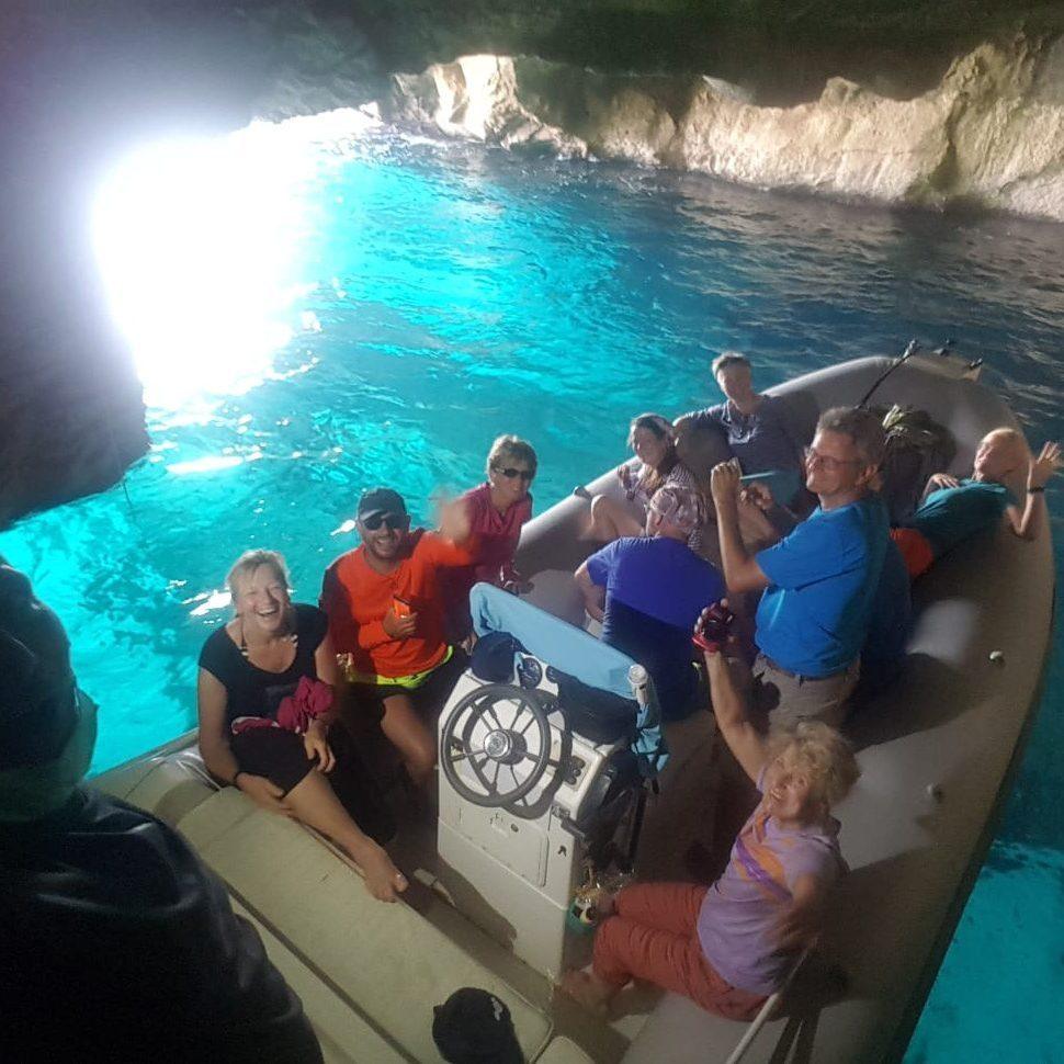 Safari blu boat tour